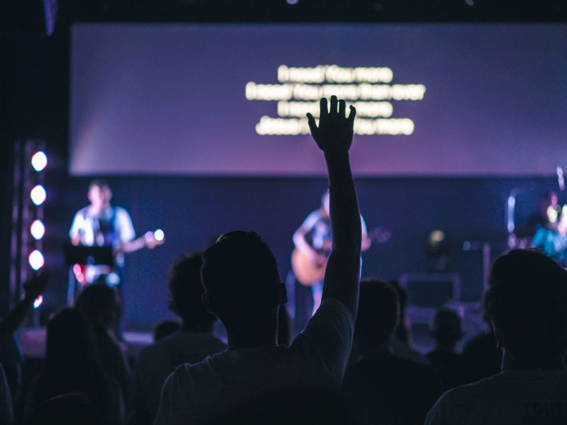 """5 Reasons Your Worship Band May Not Sound Like The """"Professionals"""